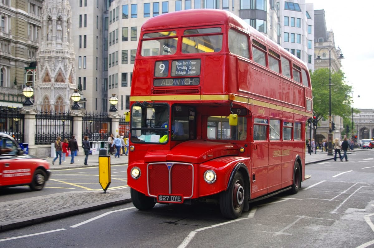 London Buses route 88 | Bus Routes in London Wiki | FANDOM ... |London Transit Buses