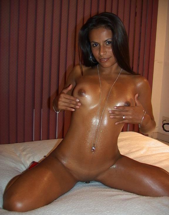 hot brown latina -