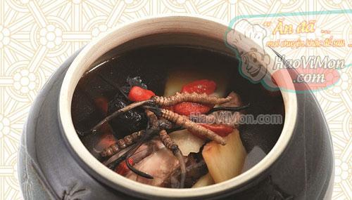 Hướng dẫn cách nấu món canh Đông trùng hạ thảo hầm gà