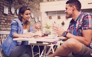 Hal yang Butuh Kamu Lihat Waktu Mengkritik Pasangan, Agar Tidak Menyentuh Perasaan