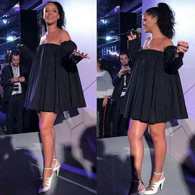rihanna on show with black