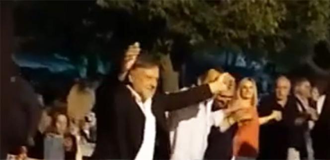 Ο βουλευτής Σέλτσας (ΣΥΡΙΖΑ) χορεύει και τραγουδάει με τον ύμνο του αλυτρωτισμού των «Μακεδόνων του Αιγαίου».[Βίντεο]