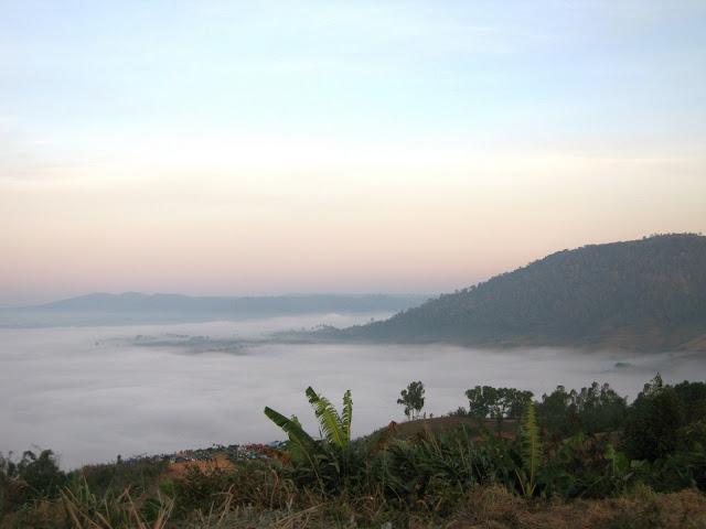 Sea of clouds at Khao Kho - Thailand
