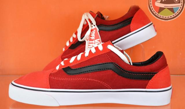 Sepatu Vans Original RED