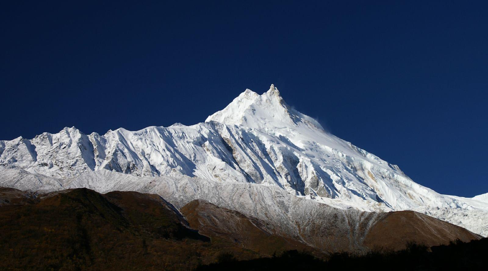 Puncak Gunung Manaslu - 8.156 mdpl (Nepal) puncak tertinggi di dunia adalah gunung ranking gunung tertinggi di dunia sebutkan 3 gunung tertinggi didunia sebutkan 5 gunung tertinggi di dunia