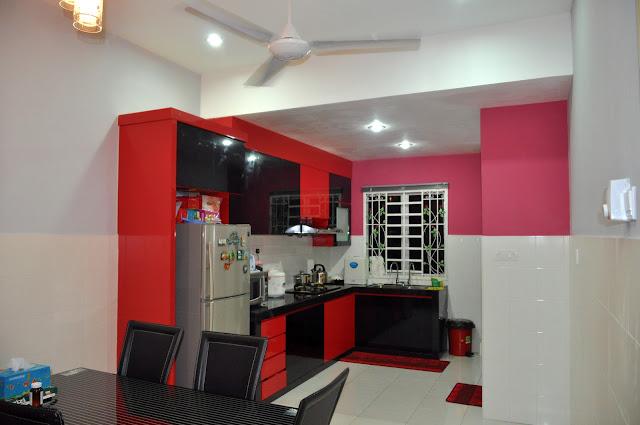 desain dapur warna merah
