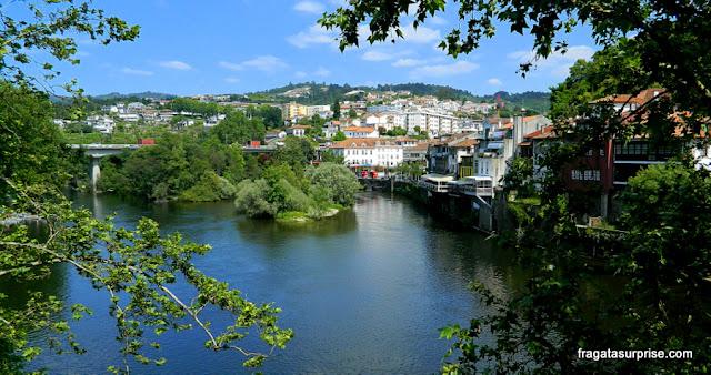Amarante, cidade que festeja São Gonçalo, em julho