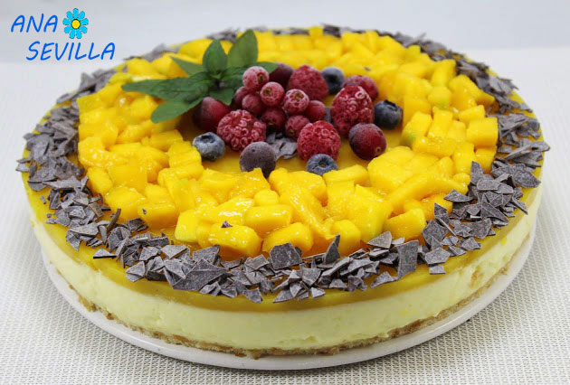 Tarta mousse de mango entera Thermomix