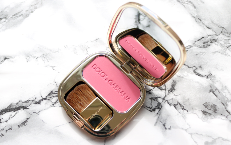 Dolce & Gabbana The Blush Strawberry 42 review swatches