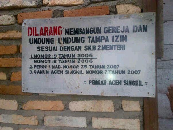 Pemerintah Aceh Segel Gereja Katolik dan Protestan