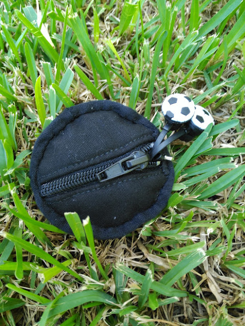 funda auriculares, futbol, football, apliqué, costura, couture, sewing, headphone case, casque