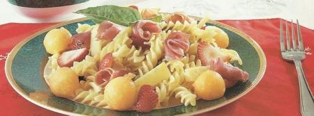 Pasta con Jamón y Queso Parmesano
