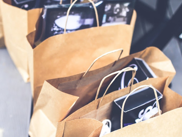 Kebelet Shopping? Nih, 5 Pasar Terbaik di Bandung