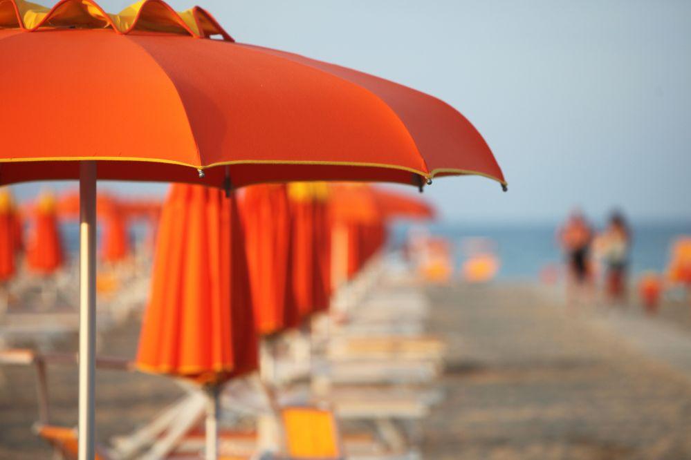 riflessioni-sotto-l-ombrellone
