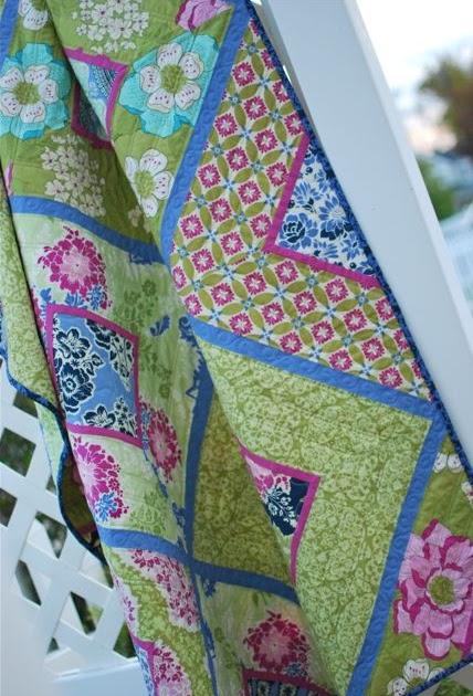 Hyacinth Quilt Designs Suburban Lattice Secret Garden Quilt