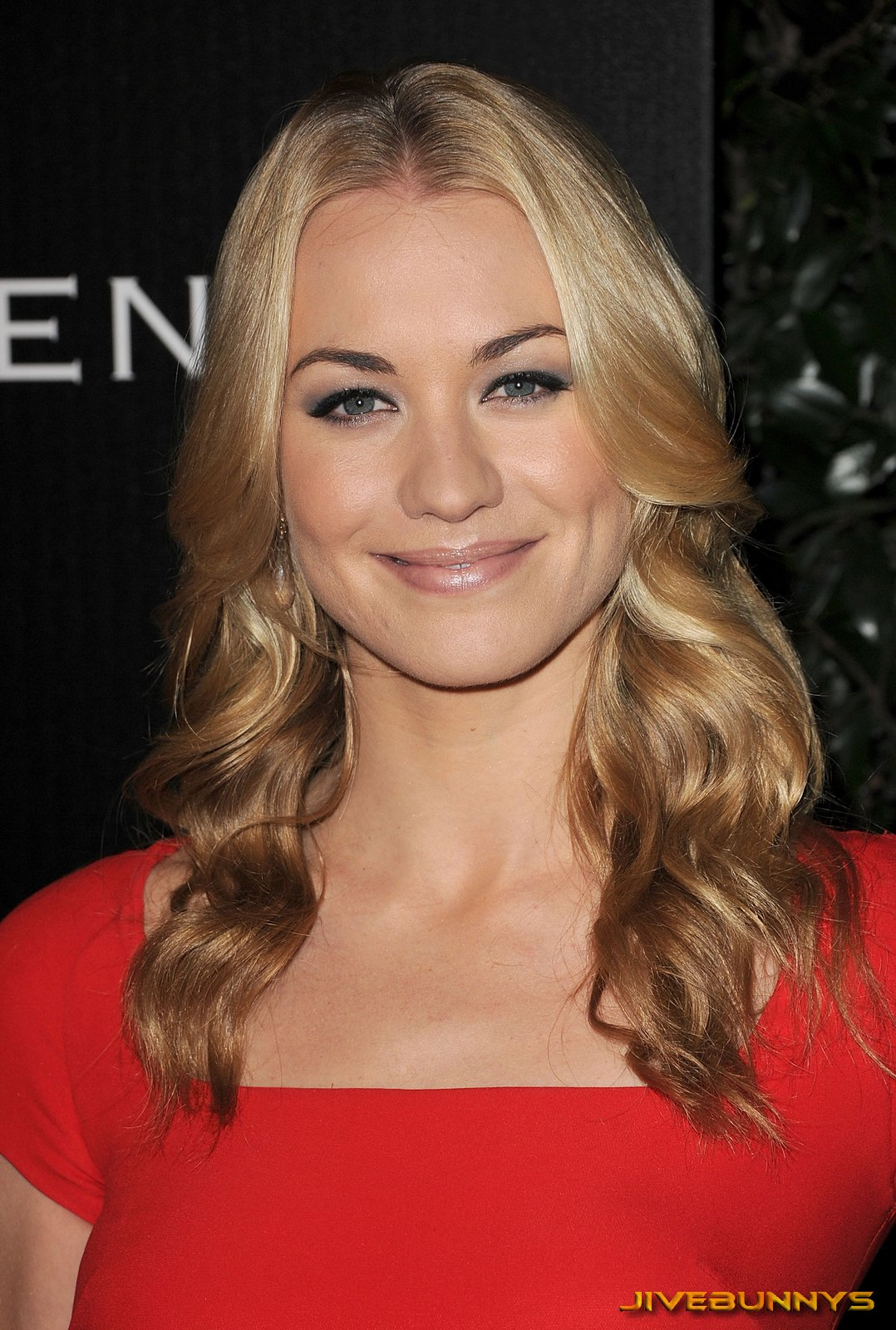 Yvonne Strahovski Special Pictures 17 Film Actresses