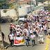 Professores protestam em Santa Cruz contra não repasse pela prefeitura de verba do FUNDEF