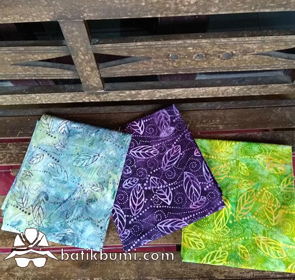 Batik Cap Motif Daun Blimbing Wuluh