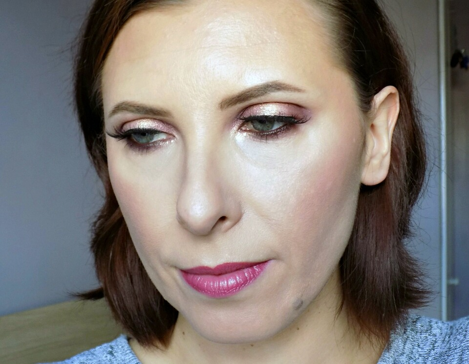 Makeup look: soft romantic eyes using Sleek Goodnight Sweetheart palette
