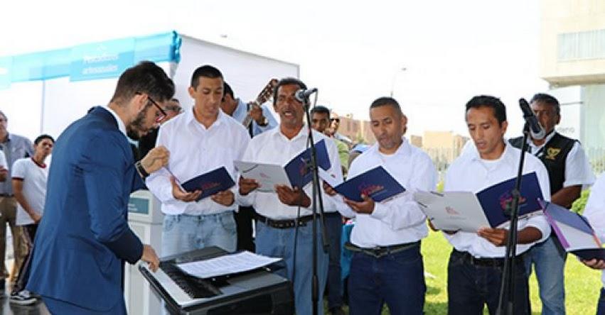 Internos de expenal «Sarita Colonia» cantaron en sede del MINEDU - www.minedu.gob.pe