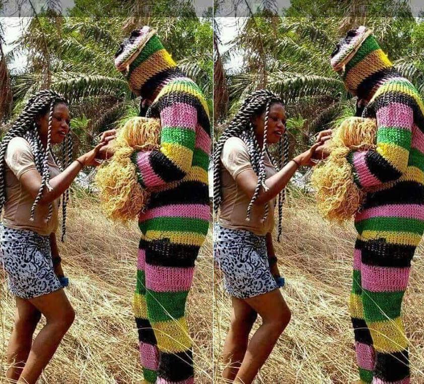 Masquerade proposes to girlfriend