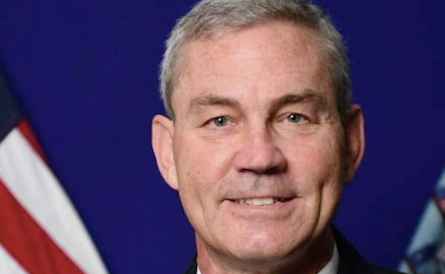 U.S. Navy admiral Scott Stearney found dead in apparent suicide