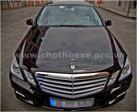 Cho thuê xe 4 chỗ Mercedes E250 VIP 1