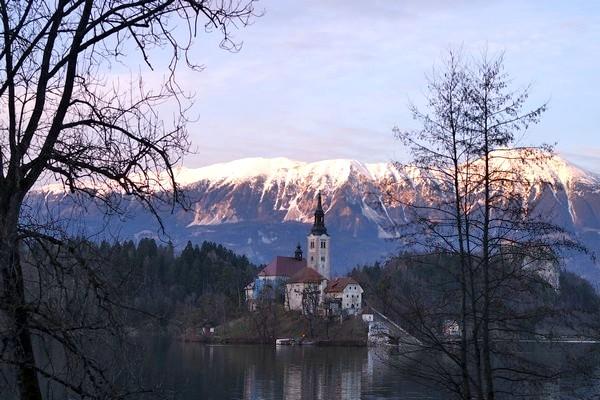 slovénie lac bled île coucher soleil