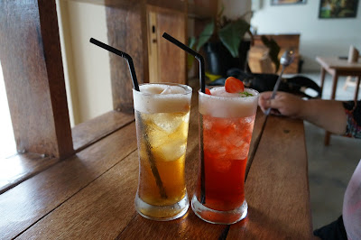 Peach Tea dan StrawberryMint Tea, Canopy Center Pontianak