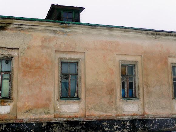 Самарский Свято-Николаевский монастырь. Часть Архиерейского дома в аварийном состоянии