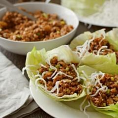 Receta para preparar wraps de lechuga con pollo