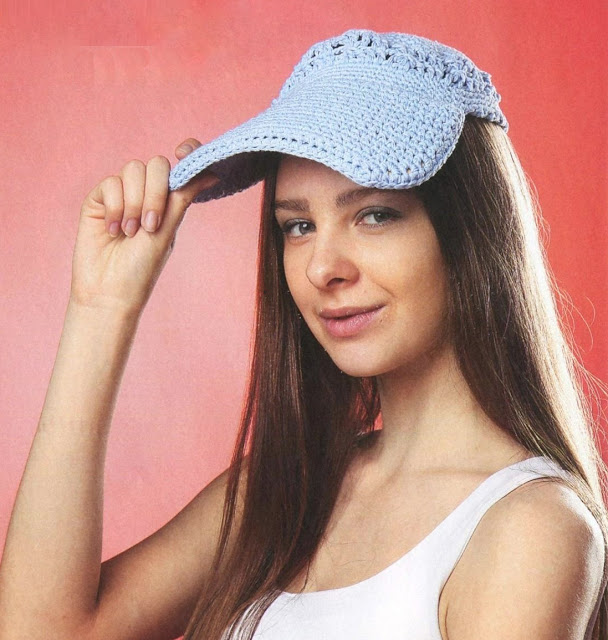 Голубая вязаная бейсболка. Blue baseball cap lady