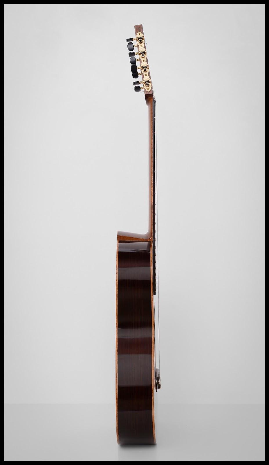 guitarras custom constru das por rodolfo cucculelli luthier 8 string flamenco negra guitar. Black Bedroom Furniture Sets. Home Design Ideas