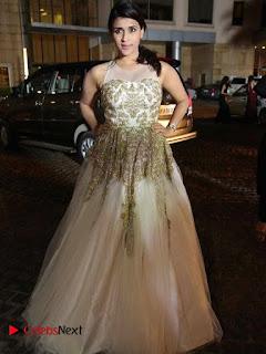 Actress Mannara Chopra Pictures at Britannia Filmfare Awards 2016  0009