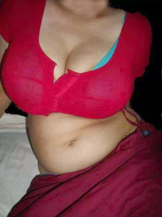 Hot Indian Aunties Hot Poses With Navel Armpits Show And -7277