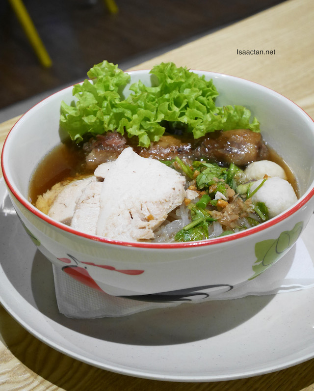 Braised Chicken Noodles - RM10.90