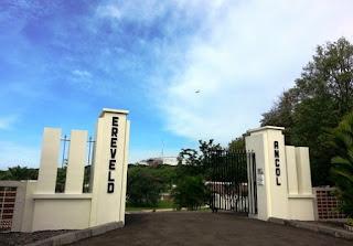 http://www.teluklove.com/2017/05/daya-tarik-objek-wisata-ereveld-ancol.html