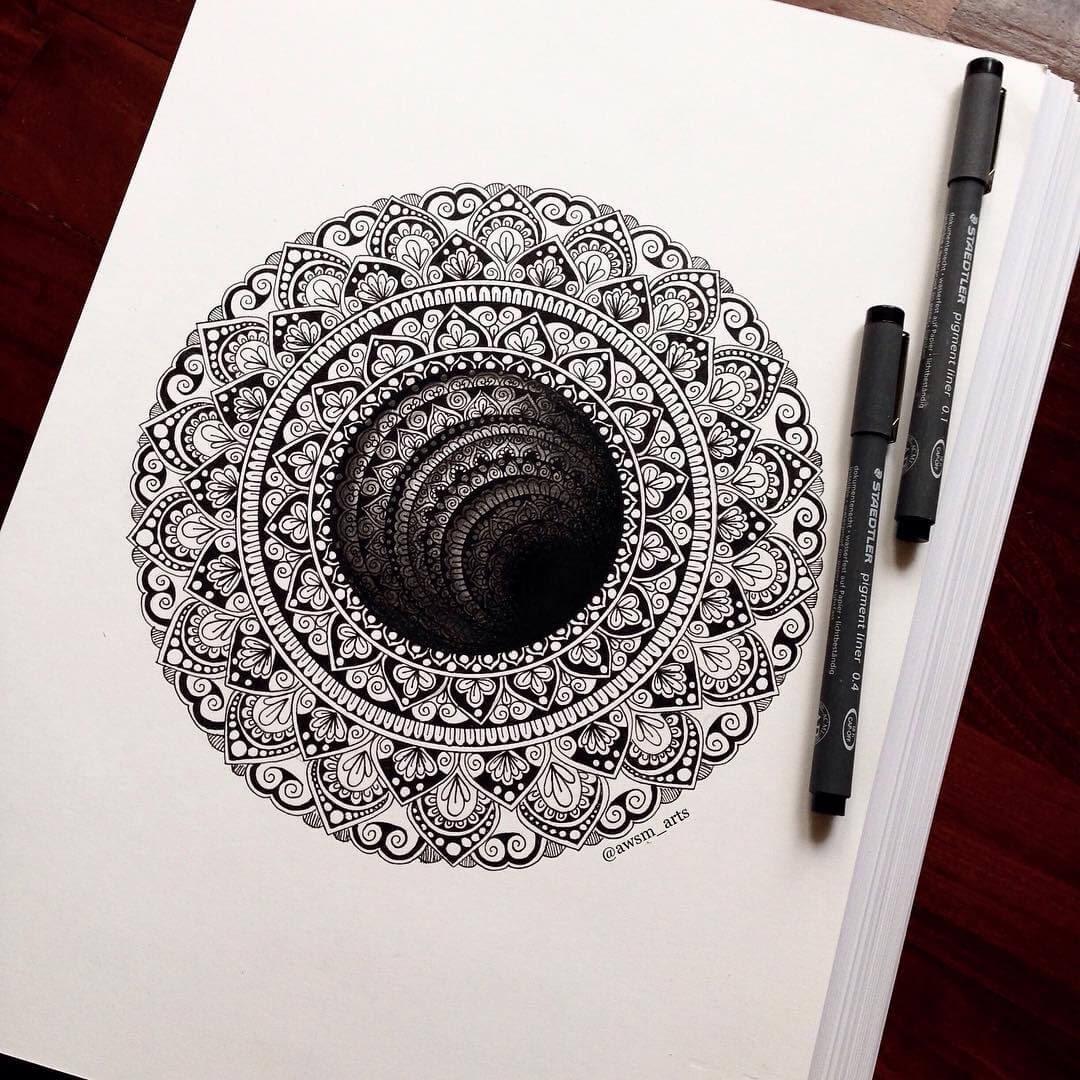 02-3D-Moleskine-Mandalas-Drawings-and-More-www-designstack-co