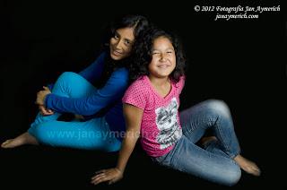 Sesión de fotos infantil: Nathaly y Odalys - Sesión en estudio FJA