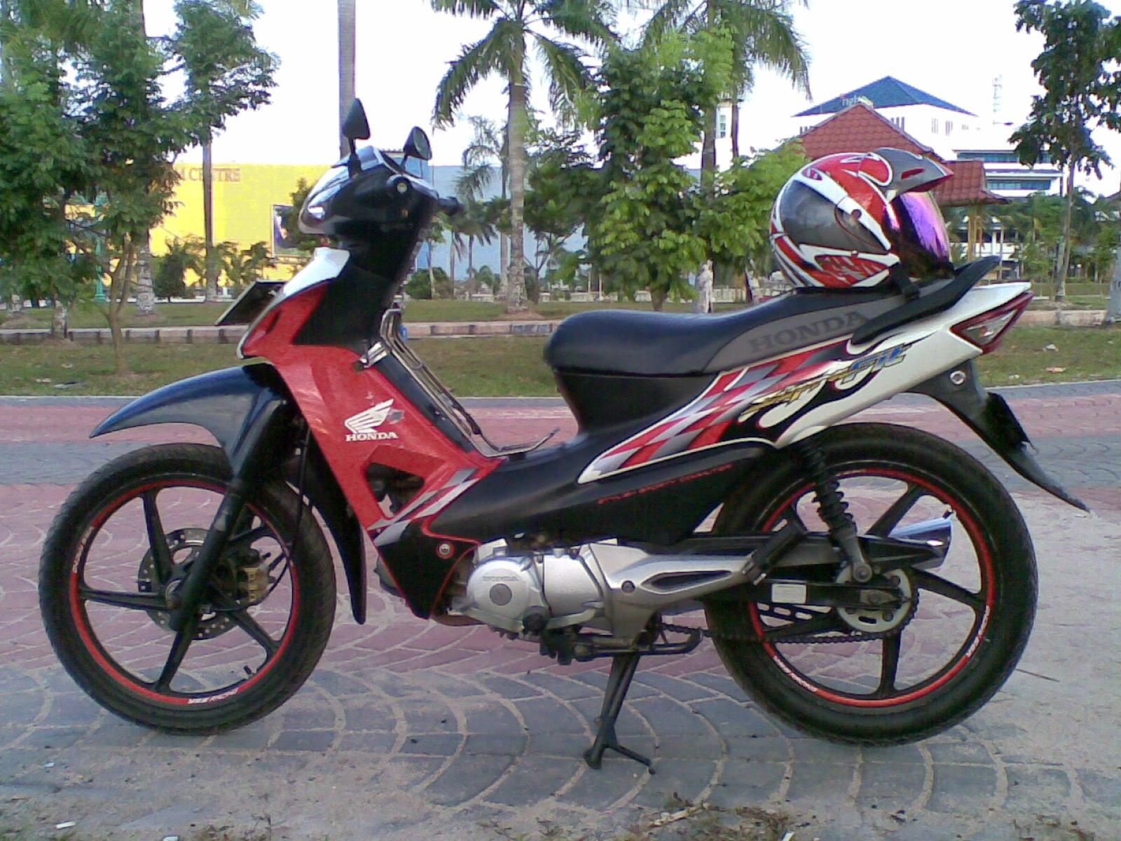 Download Kumpulan 56 Modifikasi Motor Honda Supra Fit 2007