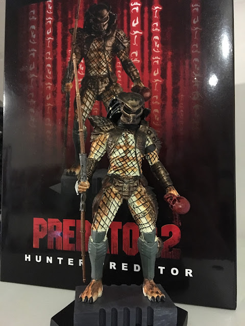 Issue 13 of the Alien and Predator figurine collection - Hunter Predator