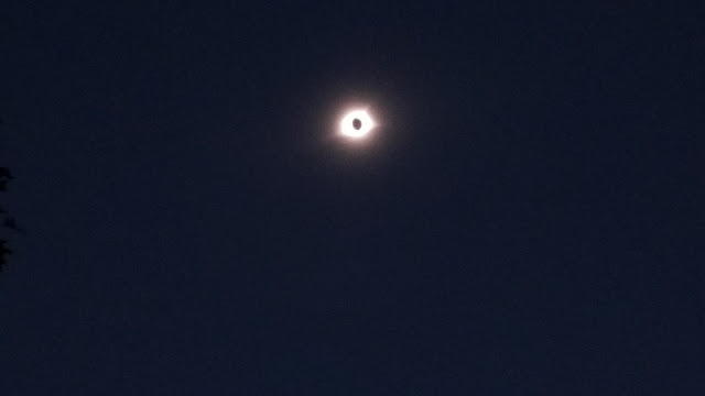 Solar Eclipse 2017 Nashville Tennessee sun moon totality corona darkness 1:29 PM eye