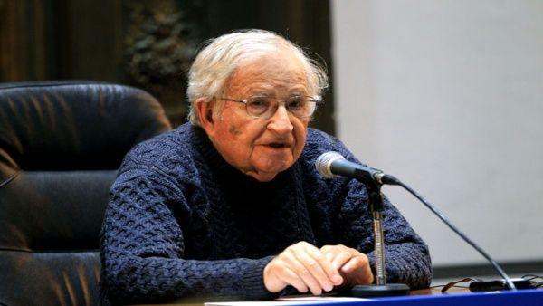 Noam Chomsky: Lula tiene todo para demostrar su inocencia