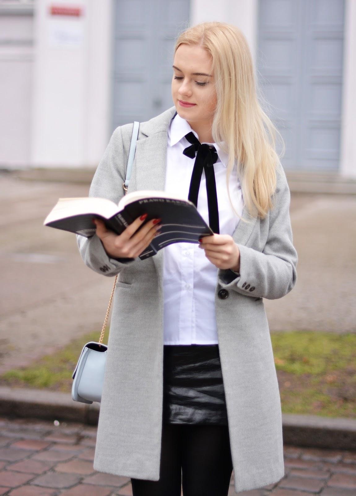 strój egzamin