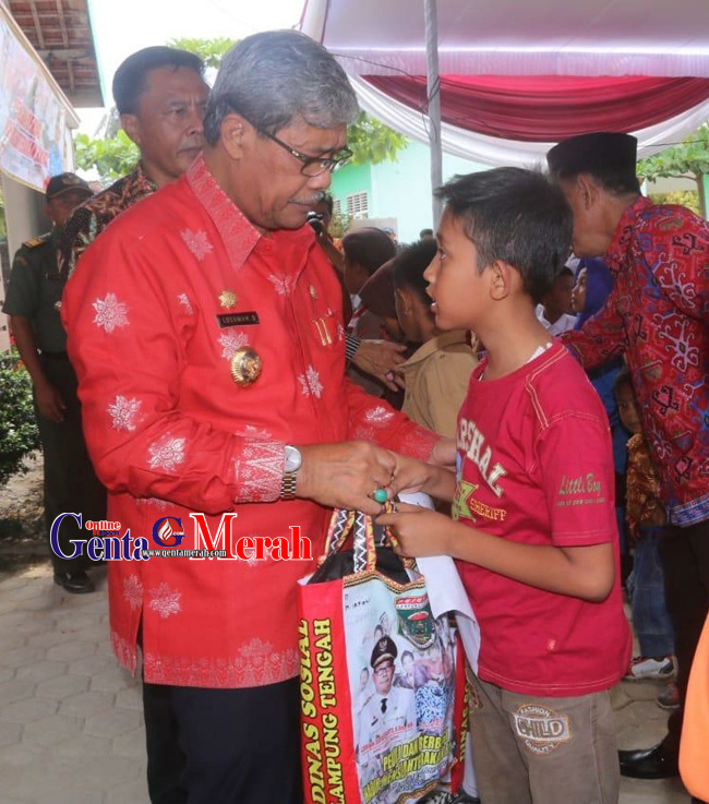 175 Yatim Piatu di Lamteng Peroleh Bantuan Peralatan Sekolah