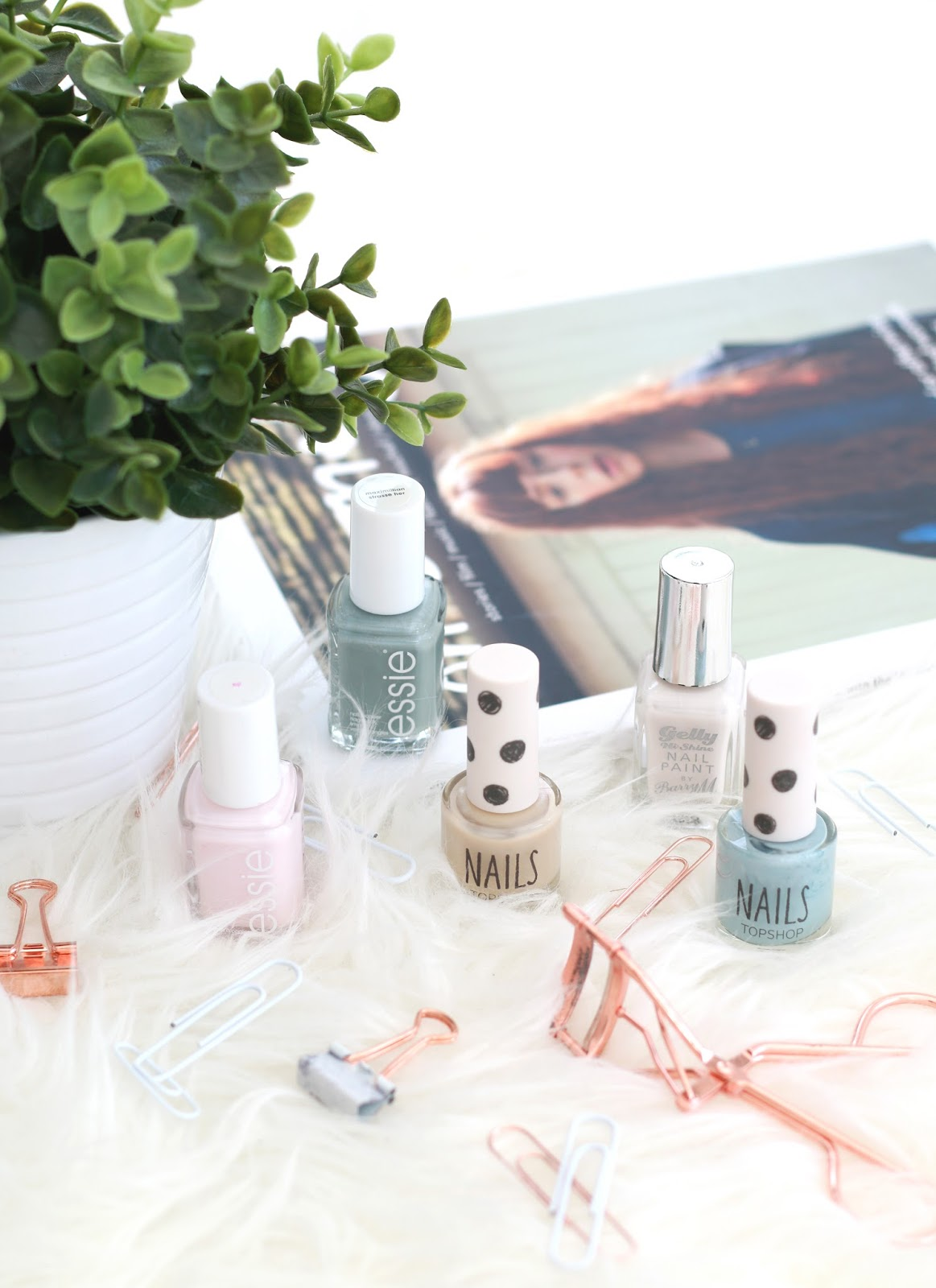 forever september, beauty blogger, nail polish, barry m, essie, topshop, beauty, fashion, makeup