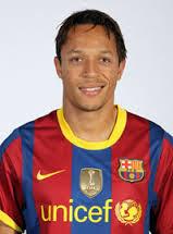 Judi Bola - Adriano Senang di Barcelona
