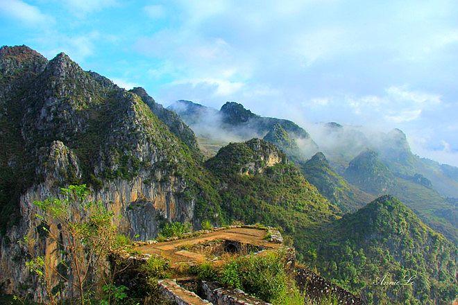 Du lịch, GO!: Di tích Đồn Cao: điểm lý tưởng chiêm ngưỡng thị trấn Đồng Văn