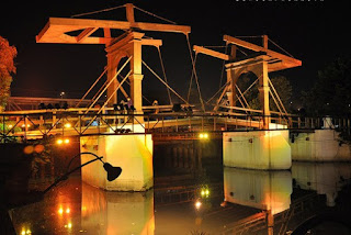 http://www.teluklove.com/2017/04/pesona-keindahan-wisata-jembatan-kota.html