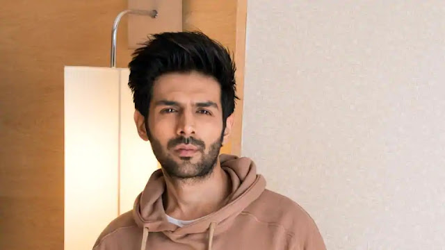 Alert : Kartik Aaryan's First Look From His Next Film Pati Patni Aur Woh